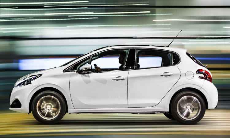Versão 1.6 16v Griffe mantém antigo câmbio automático de quatro marchas - Peugeot/Divulgação