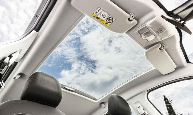 Como no 308, teto solar panorâmico é estendido à linha, exceto nas versões Active - Peugeot/Divulgação