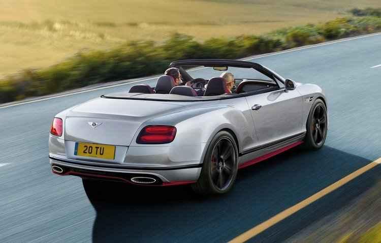 Black Edition vem nas carrocerias cupê e conversível - Bentley/Divulgação