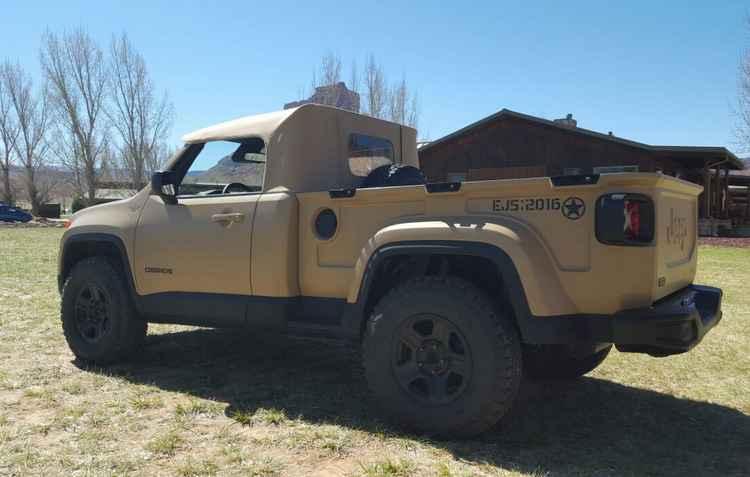 Entre os participantes da trilha, a picape conceito Jeep Comanche baseada no Renegade - Jorge Moraes/Diário de Pernambuco