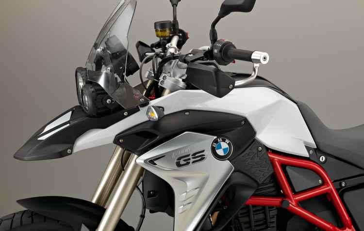 Conjunto mecânico é composto por motor de dois cilindros e quatro válvulas, injeção de combustível e caixa de seis velocidades - BMW/Divulgação