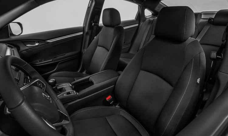 Civic ficou maior, mais largo e espaçoso, proporcionando conforto para o motorista e passageiros - Honda/Divulgação