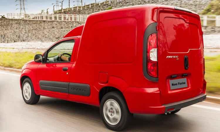 Fiat Fiorino e Weekend 2017 trazem novos equipamentos, mas ficam mais caros