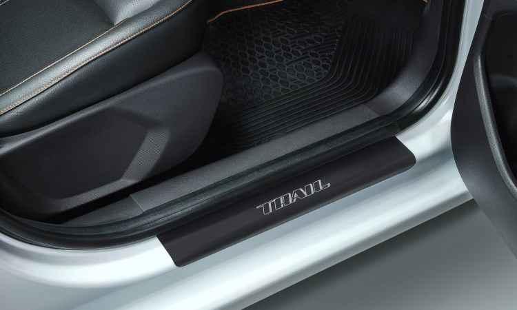 A soleira de porta também leva o nome da versão - Ford/Divulgação