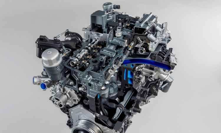 Nono motor 2.0 turbo de 4 cilindros, da família Ingenium, tem 300cv de potência e 40,8kgfm de torque - Jaguar/Divulgação
