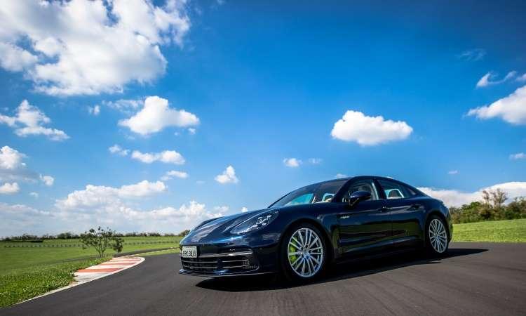 Porsche traz para o Brasil o Panamera 4 E-Hybrid, que chega com banca de ser o mais econômico do país