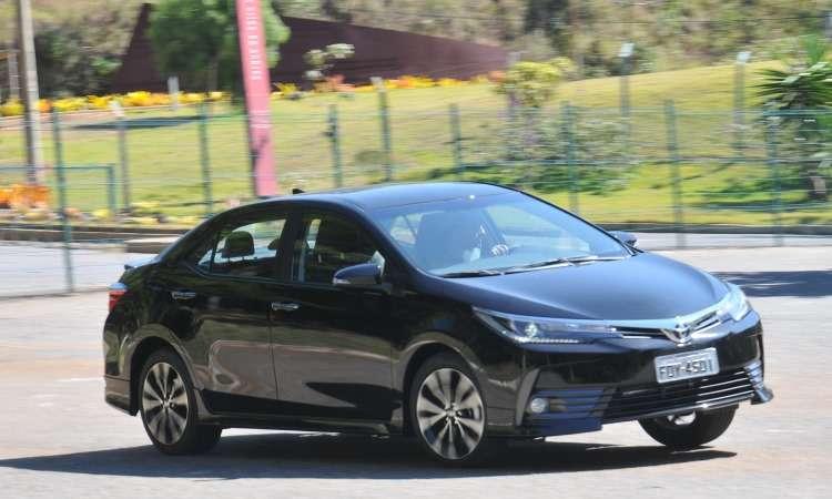 Toyota Corolla ganhou controles de tração e estabilidade, e a versão XRS - Jair Amaral/EM/D.A Press