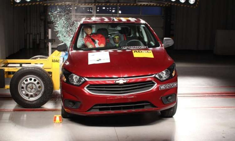 Chevrolet Onix, o mais vendido, tomou bomba no crash-test - Latin NCAP/Divulgação