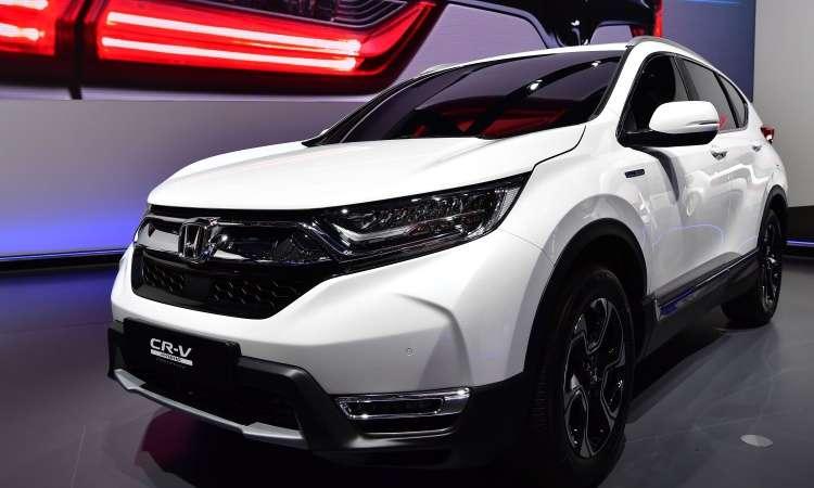 O novo Honda CR-V vai ganhar mais espaço interno e motor 1.5 turbo - Tobias Schwarz/AFP