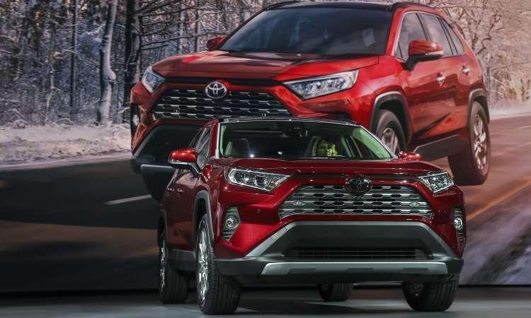 Novo Toyota RAV4 chegará ao  mercado mundial no fim do ano, mas no Brasil só em 2019 - Drew Angerer/AFP