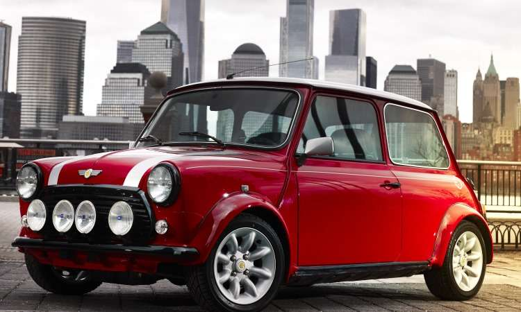 O Mini Clássico Elétrico combina o visual retrô com a tecnologia que indica a mobilidade do futuro - Mini/Divulgação