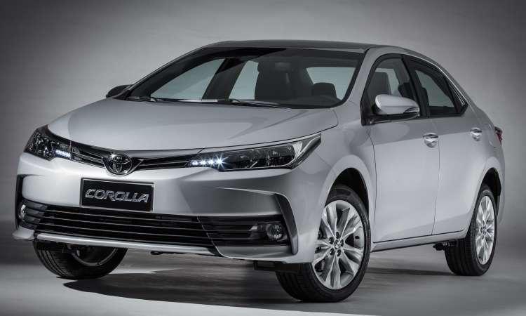 O sedã médio não sofreu alterações no visual e preserva aspecto sóbrio - Toyota/Divulgação