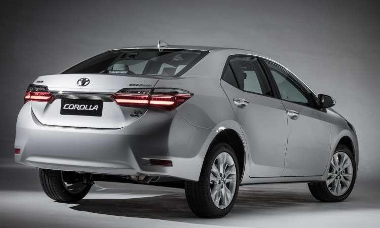 A versão intermediária XEi tem preço sugerido de R$ 105.690  - Toyota/Divulgação