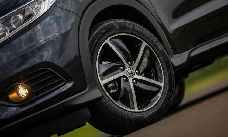 As rodas de liga leve de 17 polegadas ganharam desenho mais esportivo - Honda/Divulgação