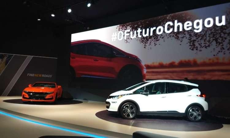 Chevrolet Camaro SS e o elétrico Bolt - Pedro Cerqueira/EM/D.A Press