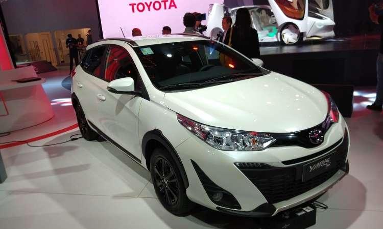 Versão descolada do Toyota Yaris recebe o nome de X Way, além de adereços - Pedro Cerqueira/EM/D.A Press