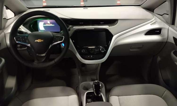 A bateria do Chevrolet Bolt tem 80% de sua carga recarregada em apenas uma hora - Pedro Cerqueira/EM/D.A Press