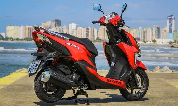 O motor de um cilindro fornece 9,34cv e torque de 1,05kgfm - Caio Mattos/Honda/Divulgação