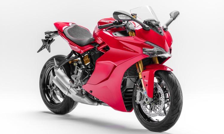 O motor produz 113cv e torque de 9,8kgfm - Mário Villaescusa/Ducati/Divulgação