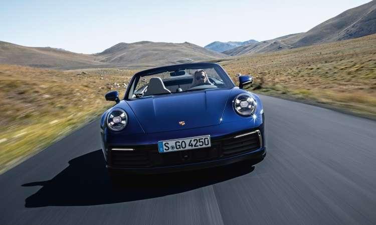 O novo Porsche 911 Cabriolet chegará ao Brasil no segundo semestre, mas ainda não tem preços definidos - Porsche/Divulgação