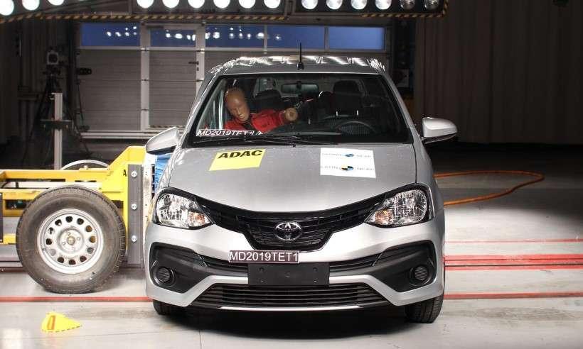 Toyota Etios recebe quatro estrelas na proteção para adultos e crianças