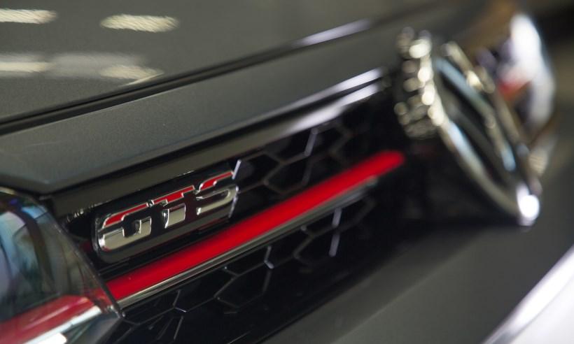 Volkswagen Polo GTS chega às concessionárias com preço de Golf: R$ 99.470