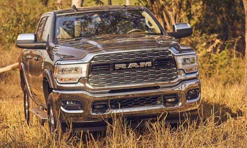 Nova Ram 2500 chega com novo design, interior mais luxuoso e motor aprimorado