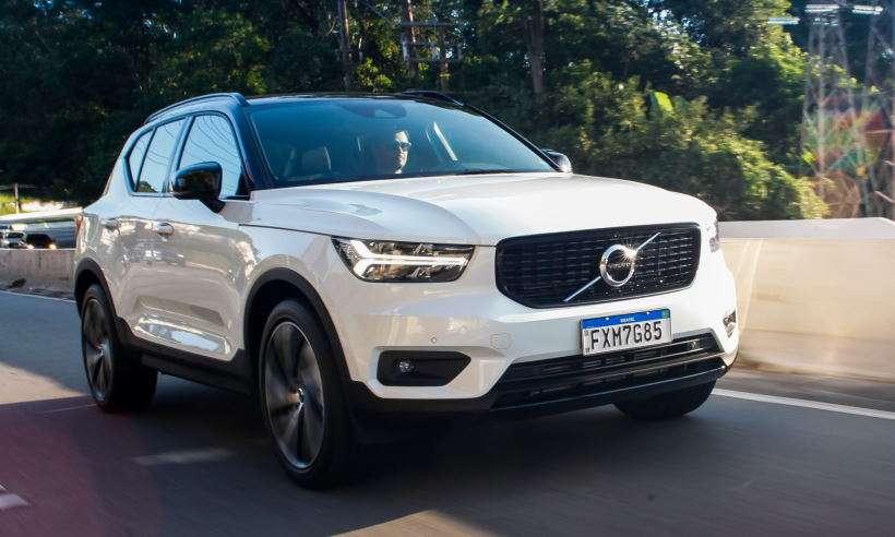 Volvo apresenta XC40 híbrido e anuncia linha 100% eletrificada já em 2021