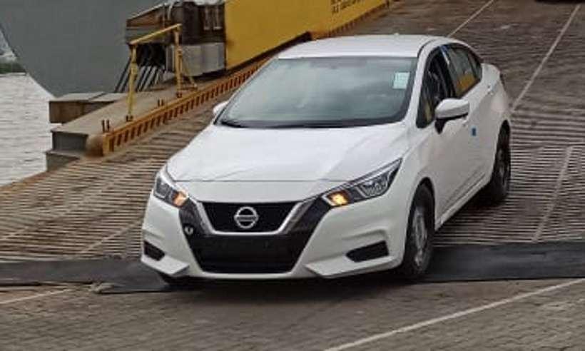 Primeiras unidades do novo Nissan Versa desembarcam no porto do Rio de Janeiro