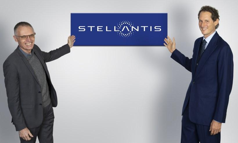 Grupo Stellantis terá ao menos uma versão elétrica de cada modelo até 2025