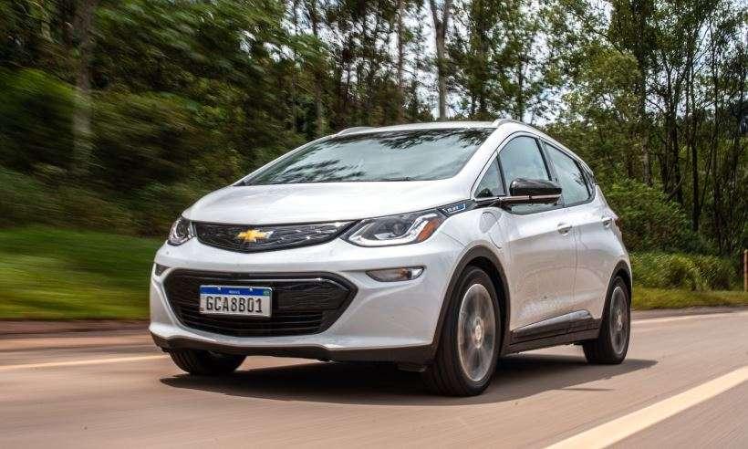 Experiência elétrica com o Chevrolet Bolt é apaixonante, mas tem um defeito