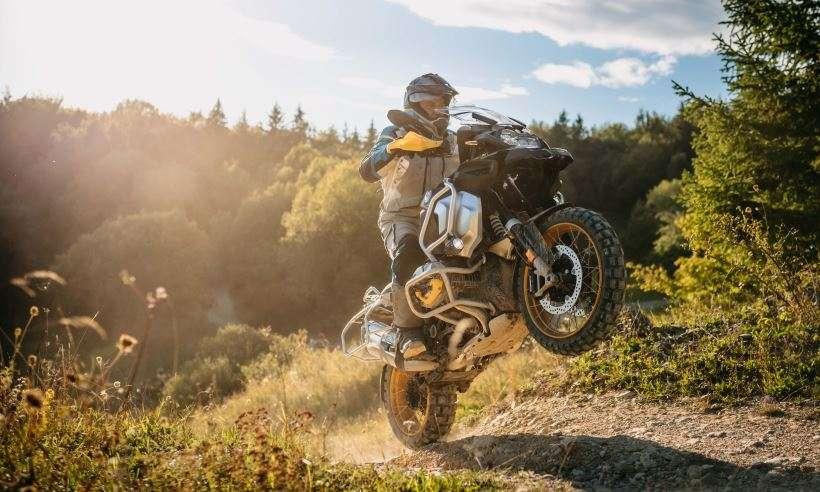 BMW motos lança edição comemorativa aos 40 anos da linha GS